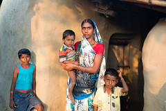 Mother and Child .. Navadhi India (geolis06) Tags: geolis06 asia asie inde india bihar navadhi village portrait street rue famille family mother maman mère child olympuspenf olympusm1240mmf28