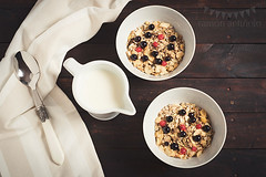 Breakfast for two (Ramón Antiñolo) Tags: berries bilberry blueberries bowl breakfast calcium cereal cloth cotton cozy crunchy dessert diet dishcloth dry energy fabric fiber flakes flatlay food fruit grain granola healthy huckleberry kitchen lactose lifestyle meal milk morning muesli napkin natural overheadview retro spoon stilllife sweet table tablecloth topview traditional vintage white whortleberry wooden woven