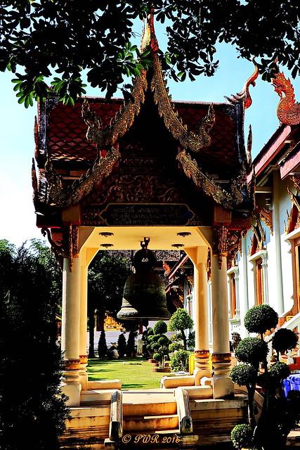 Wat Phra Singh. วัดพระสิงห์ large image