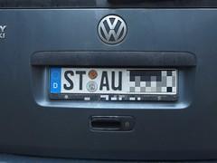 Stehzeug (mkorsakov) Tags: dortmund nordstadt hafen kennzeichen licenceplate stau trafficjam stehzeug prophetisch hrhr passtscho