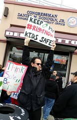 #NotMyPresident Day - Stop Gun Violence Rally (Thomas Altfather Good) Tags: gunviolence protest parkland statenisland tagfotograf