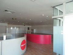 Ridgehaven Red Cross Donor Centre after closure (RS 1990) Tags: pelicanplaza ridgehaven northeastrd goldengroverd former retravision saverys chandlers redcross bloodbank donorcentre teatreegully closed shut vacant adelaide southaustralia friday 23rd february 2018