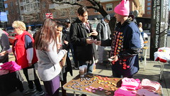 Women's March on Washington 2018 (kimsworldofart) Tags: womensmarchonwashington foggy bottom metro vendors