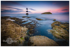 Penmon (Glynmoto) Tags: anglesey penmonpoint blackpoint beaumaris wales lihghthouse puffinisland rocks sea longexposure