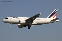 Air France (AF/AFR) / A319-111 / F-GRXC / 03-28-2017 / LHR (Mohit Purswani) Tags: fgrxc lhr egll af a319 a319100 airbus airbusa319 afr france paris landing arrival narrowbody civilaviation commercialaviation spotting planespotting aviationphotography airlines aircraft aviation planes canon 7d ahkgap finalapproach airfrance europe