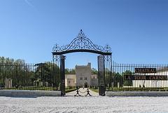Chateau La Tour Carnet (rh4@wanadoo.fr) Tags: chateau médoc vignes vin bordelais grandsvinsdebordeaux