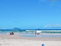 Altos e às vezes mais baixos - letters to Summer (Lemon Mousse!) Tags: praia beach nature sea