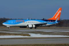 C-GQWM (Sunwing Airlines) (Steelhead 2010) Tags: yhm thomsonairways boeing b737 creg cgqwm sunwingairlines b737800