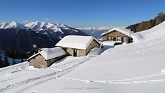 Belvedere (_Nick Photography_) Tags: img5370 winterhiking snowshoes albaredo parcodelleorobievaltellinesi rifugiopiazza panoramainvernale valledelbittodialbaredo alpinerefuge alps valtellina lombardy alpinevalley wintersunnyday canoneos6d beauty
