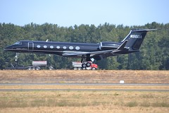N96UA (LAXSPOTTER97) Tags: gulfstream aerospace g550 under armour inc cn 5367 airport aviation airplane kpdx