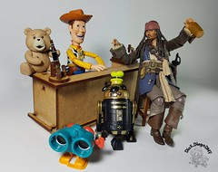 Curious fact: 80% of this photo belongs to Disney  #Woody #Pixar #ToyStory #Disney #DisneyAnimation #Revoltech #ActionFigure #collection #coleção #pirate #Bandai #shfiguarts #jacksparrow #captainjacksparrow #piratesofthecaribbean #crossover #jhonnydepp #b (dioxdiegodmf) Tags: teddybear pirate georgelucas jacksparrow coleção ted r2d2 grizzly captainjacksparrow disney revoltech party bandai shfiguarts figma droid disneyanimation jhonnydepp actionfigure bar collection piratesofthecaribbean pixar woody beer bear crossover drink toystory starwars
