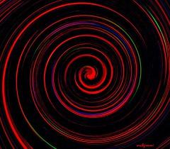 emicrania (archgionni) Tags: abstract colori colors testa head emicrania headache rosso red cerchi circles rotrossorougerood
