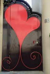 Door with a ♥... (France-♥) Tags: coeur heart porte door lacruz mexico rouge red metal puerta