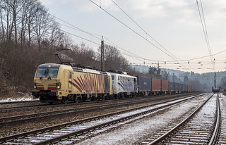 193 777 und 139 310 in Tullnerbach-Pressbaum (15.2.18)