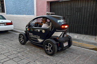 The terrific little electric car of the Campeche police