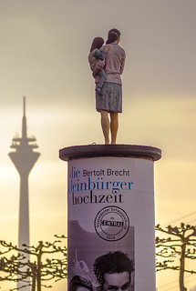 Die Litfaßsäule - Advertising Pillar
