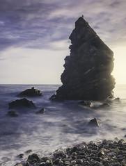 Paraísos cercanos (pekenaza) Tags: maro malaga andalucia spain paisaje landscape naturaleza nature sea oceans mar playa rocas rocks stones longexposure largaexposicion sun sunset sunrise clouds beauty beautiful