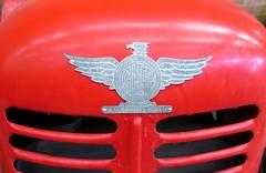 Gallerani Glef 20 (samestorici) Tags: trattoredepoca oldtimertraktor tractorfarmvintage tracteurantique trattoristorici oldtractor veicolostorico stemma fregio