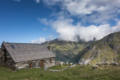 Vallée d'Estaubé, Pyrénées, France (Aurélie_D) Tags: bleu pyrénées france montagne paysage ciel nuage