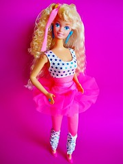 1989 All Stars Barbie Doll #9099 (The Barbie Room) Tags: 1989 all stars barbie doll 9099 1980s 80s star sports gym gymnast work out working sporty pink