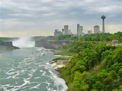 As we walked across #RainbowBridge above the #NiagaraRiver from Canada back to the United States #BorderCrossing, we had to stop at the international boundary line that separates the two countries to take a photo while overlooking the #NiagaraFalls #Skyli (TreasuresOfTraveling) Tags: wonderoftheworld travelgram travelblogger gaytravel travelamerica skyline bordercrossing globetrotter waterfall unitedstates rainbowbridge treasuresoftraveling worldtraveler canada wanderlust travelblog maidofthemist travelphotos travelcanada theglobewanderer tourtheplanet northamerica niagarafalls passportstamps traveltheworld worldtravel horseshoefalls gaytraveler niagarariver guyswhotravel