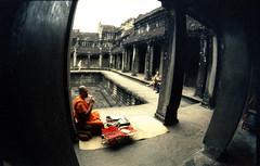 Angkor Wat (Nina Across the Universe) Tags: nikonfm2 fujifilm fujird beliveinfilm cambodia asia angkor slidefilm travel