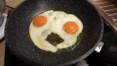 Eggs for breakfast (Sandy Austin) Tags: panasoniclumixdmcfz70 sandyaustin westauckland auckland northisland massey newzealand food eggs fried homecooking