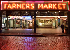 Farmer's Market (papajoesm) Tags: seattle washington pacificnorthwest pikeplacemarket neon market night red