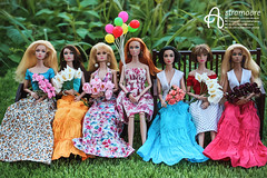 My girls (astramaore) Tags: poppy poppyparker astramaore flowers dollphotography integritytoys chic beauty glam style summer dress skirt fair popster ma petite fleur hippie dippy girl from integrity it airways sweet confection fulllips