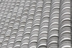 toilet rolls (Fotoristin - blick.kontakt) Tags: thailand lebua hotel bangkok hangover2 architecture front balconies white abstract curves lines toiletrolls travel fotoristin