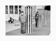 Photo de rue Paris-0399 (helenea-78) Tags: paris street photoderue streetphotography