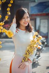 Phuong 1 (Lê Đình Tuấn) Tags: portraiture áo dài ao dai ldt lđt xuân tết photo