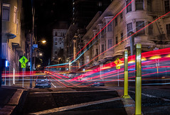 washington at leavenworth (pbo31) Tags: bayarea california nikon d810 color february 2018 winter boury pbo31 sanfrancisco city urban night dark black lightstream traffic motion roadway nobhill washingtonstreet leavenworthstreet