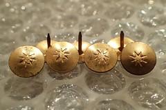 "MM""Fasteners"" - HMM! (Christa_P) Tags: macromondays macro fasteners thumbtacks heftzwecken hmm"