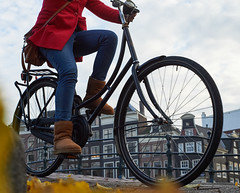 Cyclist, Amsterdam 2014 (pmhudepo) Tags: amsterdam fiets street straatfotografie bicycle wheel wiel omafiets fietser ainikkor502