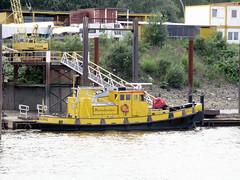 HT-12 (ENI 05115550) (Parchimer) Tags: schubboot pushboat towboat pousseur pchacz duwboot spintore empurradorfluvial binnenschiff tolómotorhajó pushertug hamburg elbe