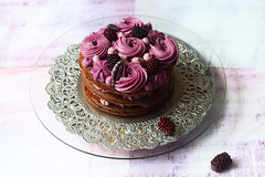 Naked Chocolate Blueberry Cake (Мiuda) Tags: cake chocolate blueberry pastry patisserie patissier berries violet nakedcake naked cakes chocolatecake buttercream frosting star flower light stilllife sweet sugar dessert delicious food foodphotography foodphoto bake baked baking bakery blog blogger foodblog foodblogger recipe canon birthday lovely pretty pink rose roses piece part whole round slice cut
