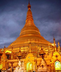 Shwedagon Pagoda at Night (sembach001) Tags: pagoda wat temple buddhism shwedagonpagoda architecture nikon 5300