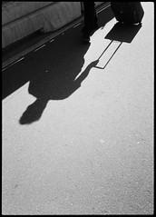 2017-08 - 095HF_06 (sarajoelsson) Tags: 135 svartvitt blackandwhite bw filmphotography film believeinfilm ilford everydaylife sweden stockholm digitizedwithdslr analog analogue teamframkallning ishootfilm urban city filmshooter xtol monochrome bnw olympus halfframe halvformat filmisnotdead snapshot vardag olympuspenee3 summer 2017 shadow people hp5 hp5plus slussen lightandshadow sunny august