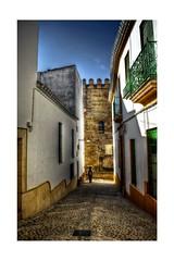 Calles de Carmona (mgarciac1965) Tags: carmona sevilla seville seviglia andalucía andalucia andalusia españa espagne spain nikon d5200 nikond5200 light art old country city street people calle