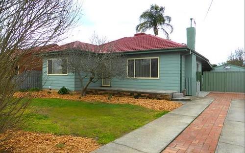 512 Murphy Street, Lavington NSW 2641