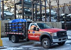 FDNY - DCU 33 (Arthur Lombard) Tags: firedepartment firebrigade firetruck firestation fdny dcu33 ford f450 led bluelight lightbar 4x4 emergency 911 999 112 18 newyork nikon nikond7200 street