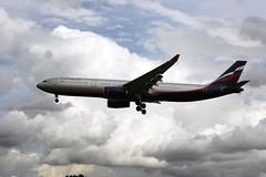 VQ-BEK (FabioZ2) Tags: londra atterraggio airbus aeroflot a330343 cn1077