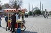 Plaza Sultán Ahmet (JF Quirós J) Tags: turquía turkey cultura culture ruinas ruins belleza beauty octubre october zumo juice granada vacaciones holidays otomano ottoman estambul istanbul capital