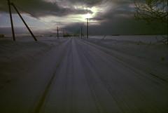 Straight (threepinner) Tags: iwamizawa hokkaidou hokkaido northernjapan japan winter road canon av1 iso100 nfd 28mm f28 negative negaposidevelopment reversal selfdeveloped 岩見沢 北海道 北日本 日本