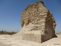 Dur-Kurigalzu Ziggurat (2).jpg (tobeytravels) Tags: iraq argagouf ʿaqarqūf aqarquf neobabylonian enlil temple elamite akkadian kassite fortified mesopotamia sumaria kurigalzu