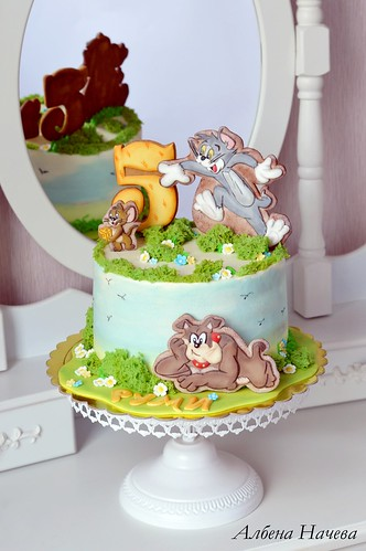 Incredible Tom And Jerry Birthday Cake A Photo On Flickriver Personalised Birthday Cards Veneteletsinfo
