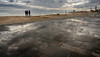 Things to do on the beach-1 (dACE :)) Tags: autoretrat autoretrato barcelona barceloneta gent gente mar nuvols people platja selfie selfportrait vilaolimpica clouds cloudy puddle moody