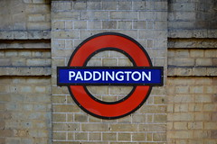 Bear Brick (dhcomet) Tags: london padington station underground circleline transport roundel
