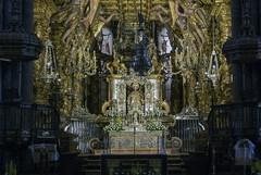 La meta (EDU S.G.) Tags: santiagodecompostela santiago apostol catedral cathedral igesia church chapel imagen peregrino camino caminofrances de galicia españa spain cripta tumba tomb sacred